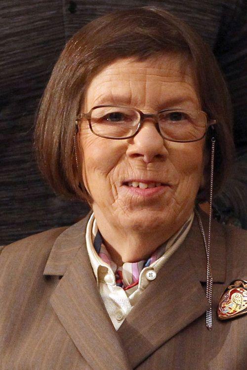 Key visual of Linda Hunt